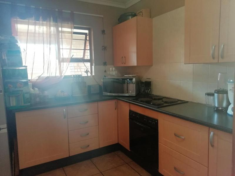 Property For Sale in Equestria, Pretoria 6