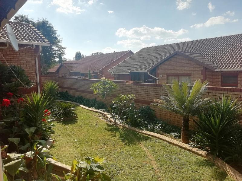 Property For Sale in Equestria, Pretoria 19