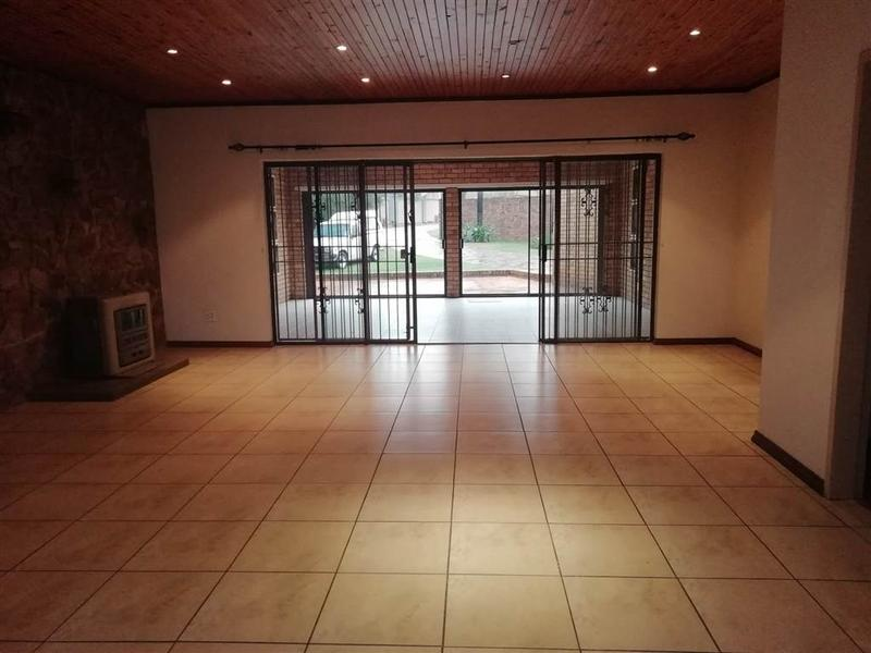 Property For Sale in Constantia Park, Pretoria 5