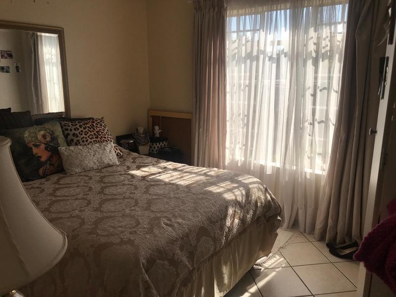 Property For Sale in Mooikloof Ridge Estate, Pretoria 7