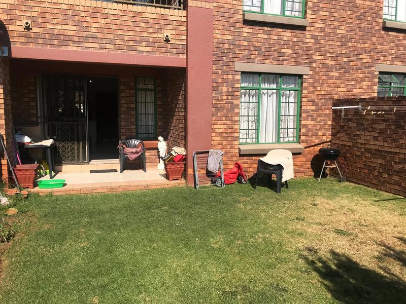 Property For Sale in Mooikloof Ridge Estate, Pretoria 11