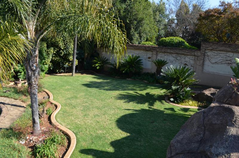 Property For Sale in Waterkloof Ridge, Pretoria 2