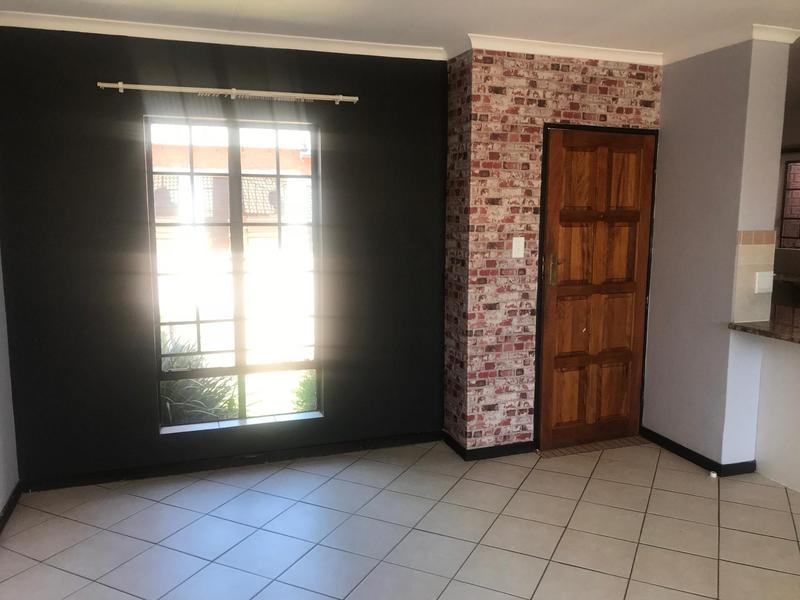 Property For Sale in Mooikloof Ridge Estate, Pretoria 8