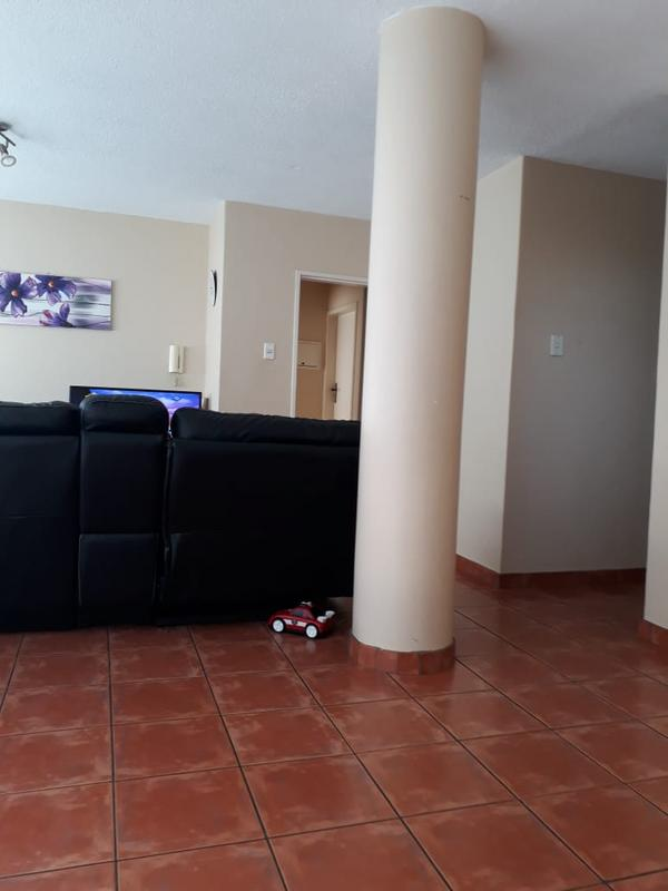 Property For Sale in Menlyn, Pretoria 3