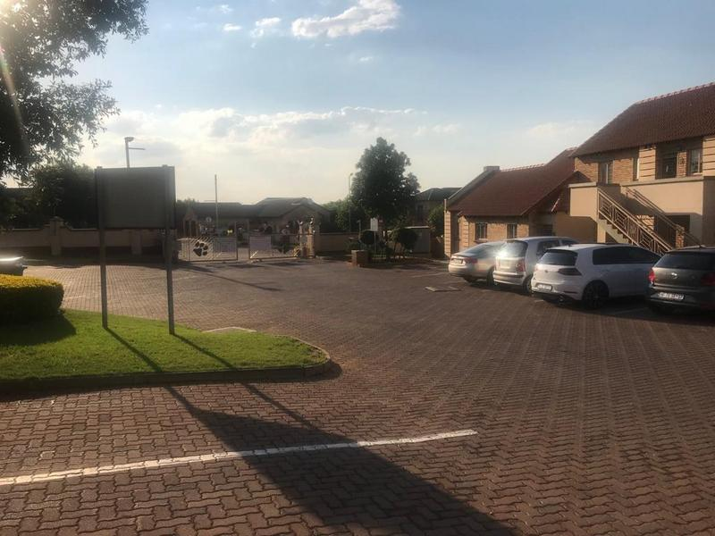 Property For Sale in Mooikloof Ridge Estate, Pretoria 4