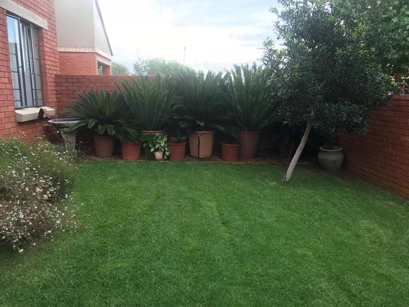 Property For Sale in Mooikloof Ridge Estate, Pretoria 15