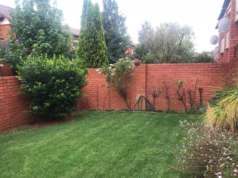 Property For Sale in Mooikloof Ridge Estate, Pretoria 17