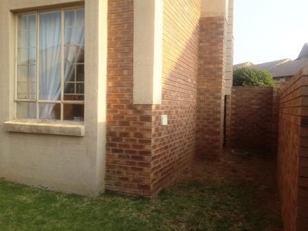 Property For Sale in Mooikloof Ridge Estate, Pretoria 12