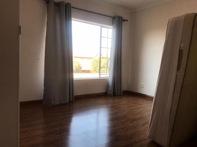 Property For Sale in Willow Park Manor, Pretoria 14