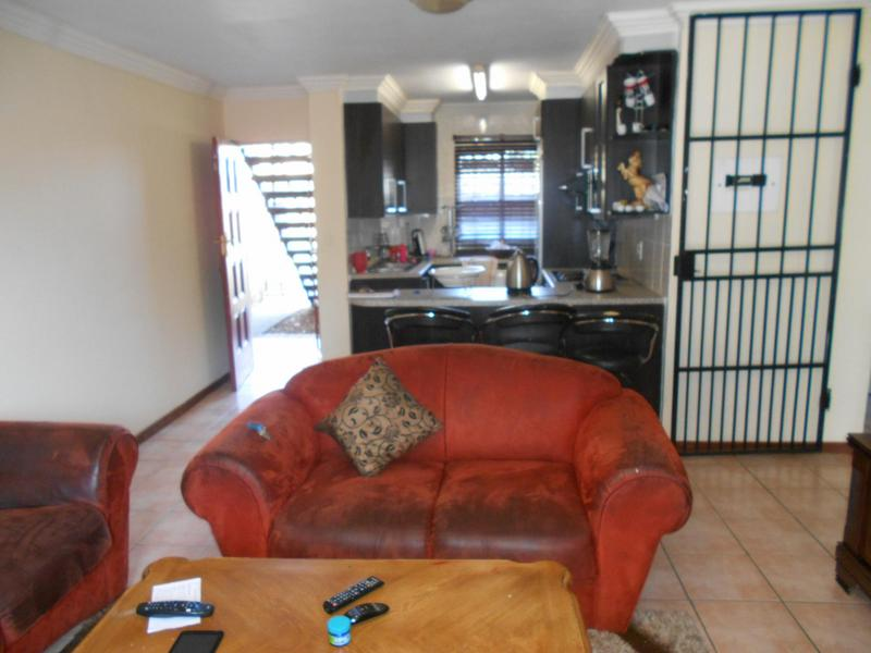 Property For Rent in Die Wilgers, Pretoria 4