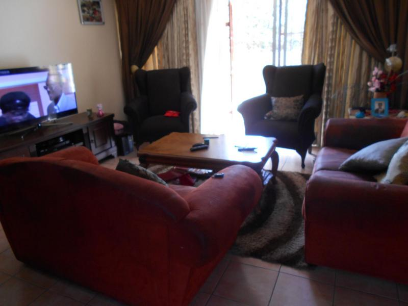 Property For Rent in Die Wilgers, Pretoria 5