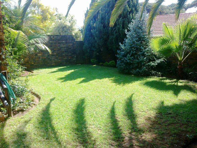 Property For Sale in Faerie Glen, Pretoria 11