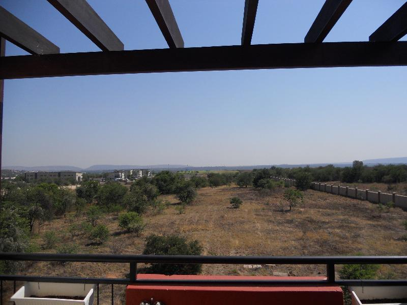 Apartment / Flat For Sale in Hazeldean, Pretoria