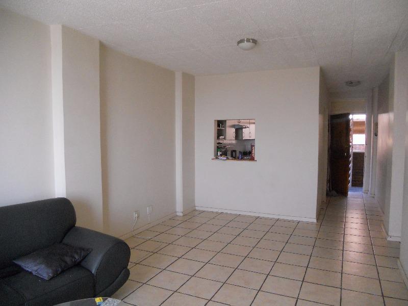 Apartment / Flat For Sale in La Montagne, Pretoria