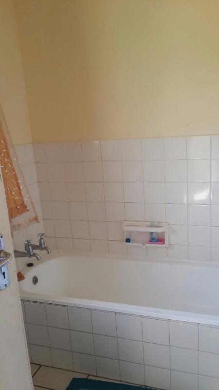 Apartment / Flat For Sale in Meyerspark, Pretoria