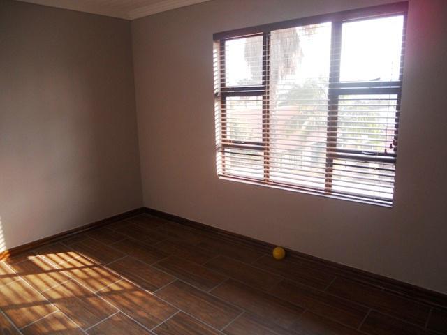 Duet For Sale in Garsfontein, Pretoria