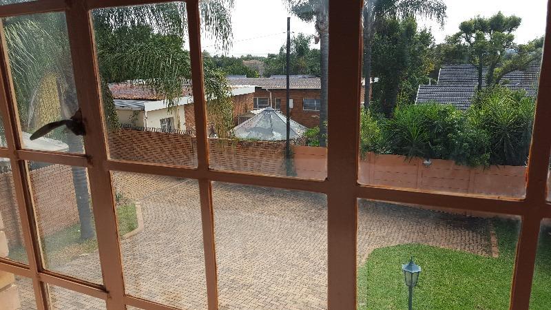 Duet For Sale in Constantia Park, Pretoria