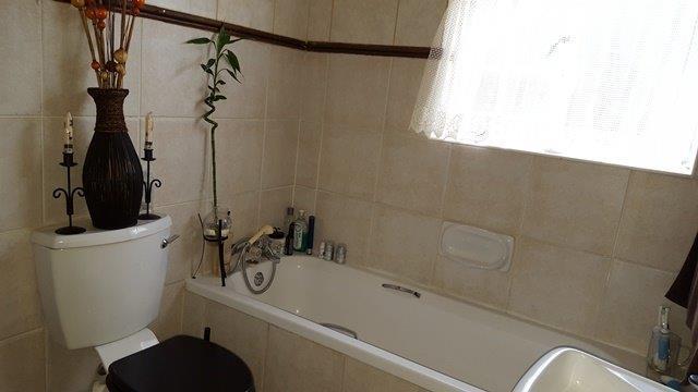 Apartment / Flat For Sale in Olympus, Pretoria
