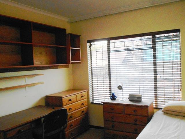 Duet For Sale in Faerie Glen, Pretoria