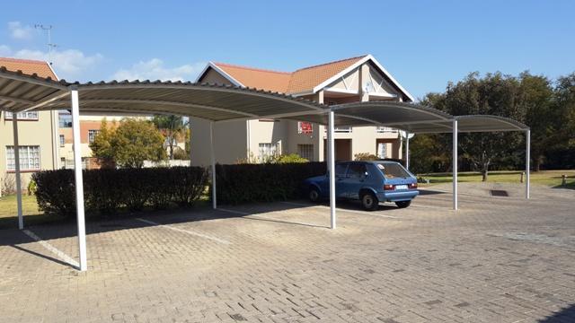 Complex For Sale in Elarduspark, Pretoria