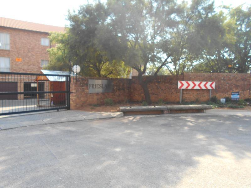 Apartment / Flat For Sale in Wapadrand, Pretoria