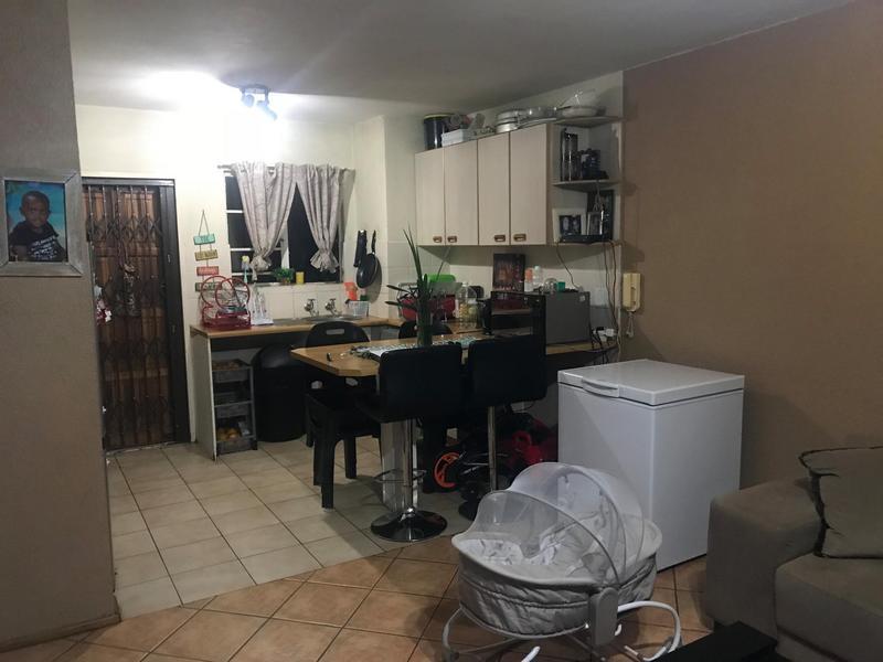 Apartment / Flat For Sale in Newlands, Pretoria