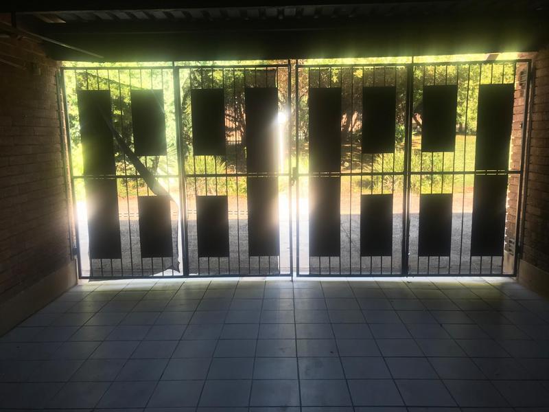 Simplex For Sale in Constantia Park, Pretoria