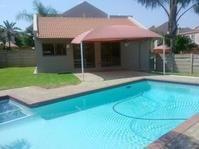 Townhouse For Sale in Garsfontein Ext 11, Pretoria