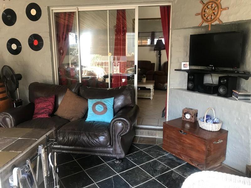 House For Sale in Olympus, Pretoria