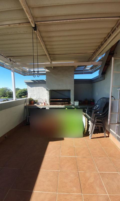 Townhouse For Sale in Rietvalleirand, Pretoria