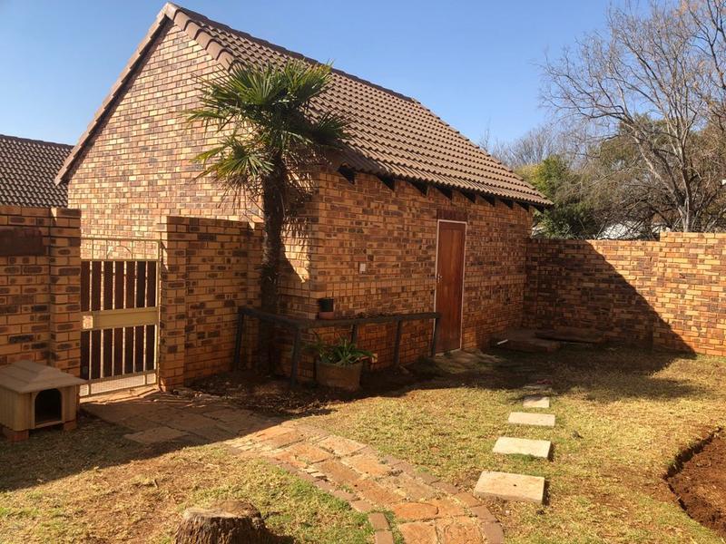 Townhouse For Sale in Boardwalk Meander, Pretoria