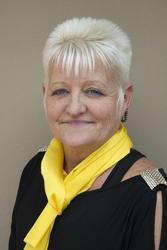 Suzet Pienaar, estate agent