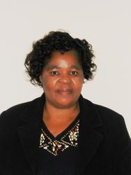 Evelyn Manaka, estate agent